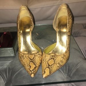 Bakers Shoes - Bakers Yellow Gold snakeskin print heels
